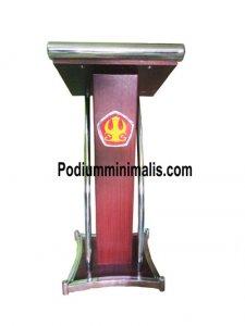 Podium Minimalis Untuk universitas
