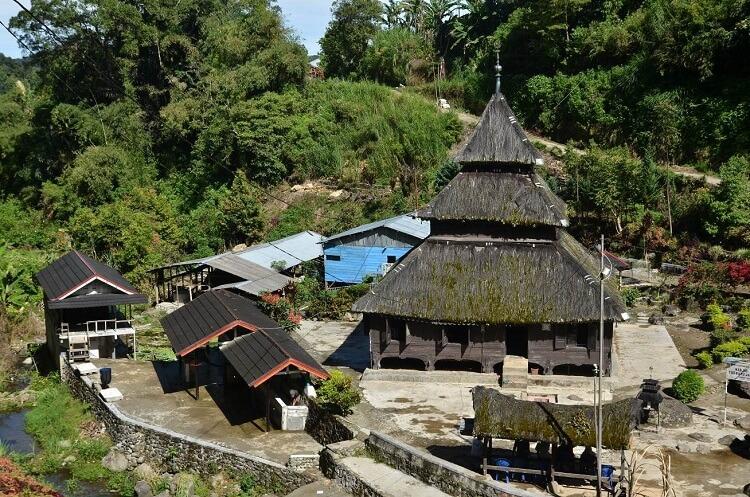 Read more about the article Menarik! Inilah Masjid Tertua di Indonesia!